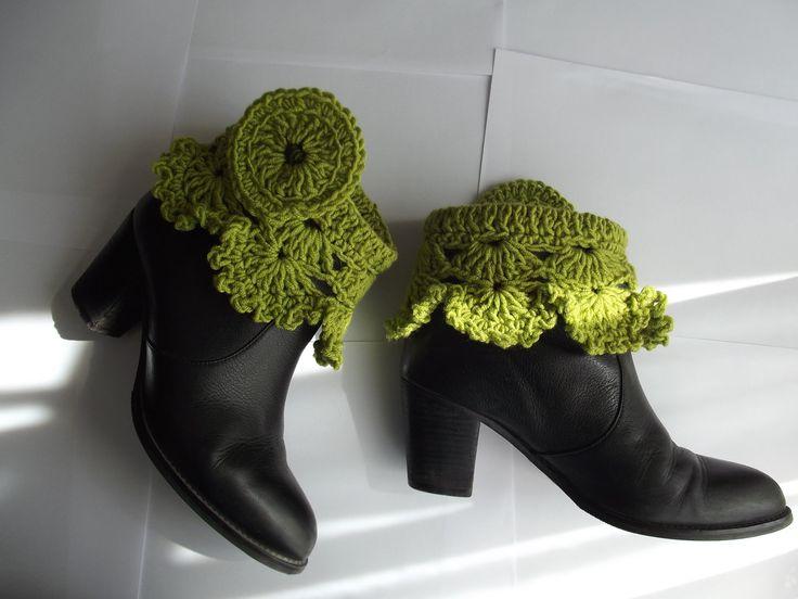 Crochet Pattern Victorian Steam Punk Ruffled Spats