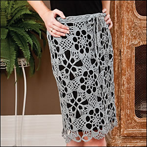 Crochet Skirt with Lace Motifs