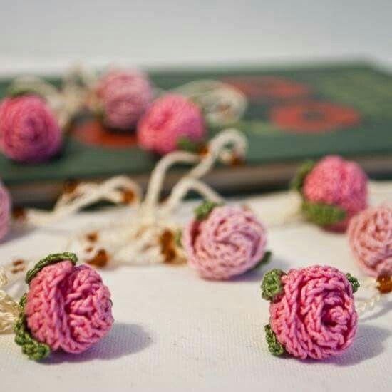 Crochet a Rosebud