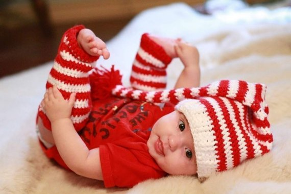 Crocheted Baby Leg Warmers Red and White