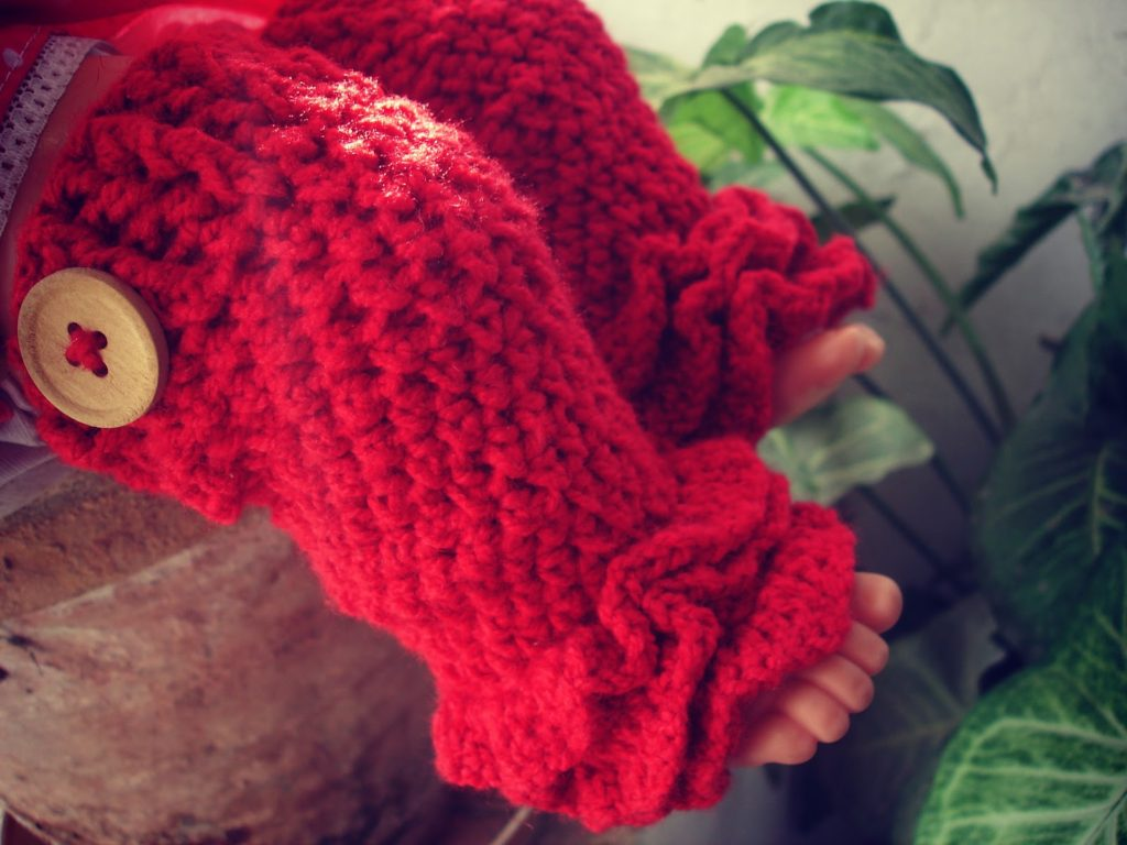 Ruffled Crochet Leg Warmers for Kids