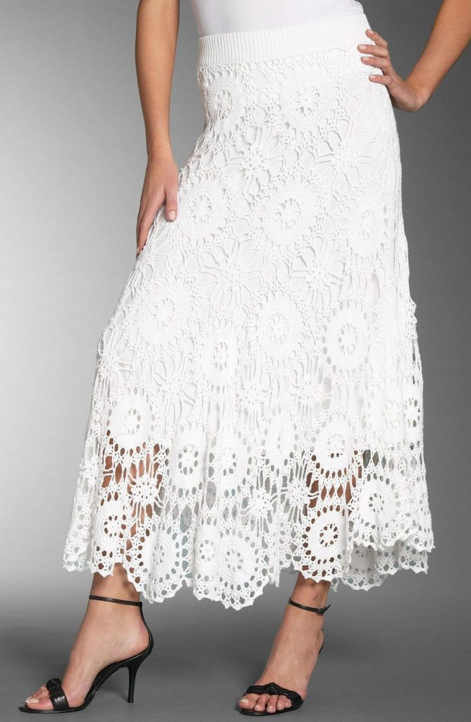 Skirt in Crochet