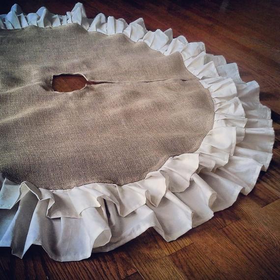 Country Burlap Christmas Tree Skirt