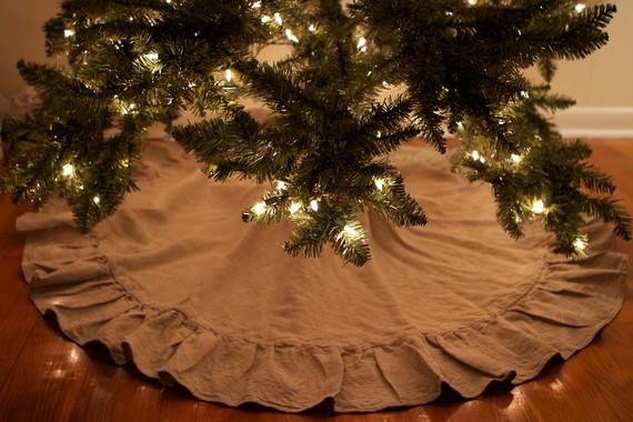 Burlap Christmas Tree Skirt DIY