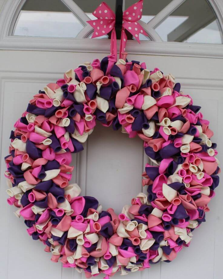 Balloon Wreath DIY