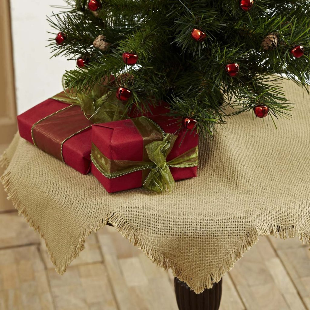 12 Burlap Christmas Tree Skirt Ideas The Funky Stitch