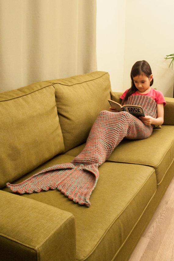 Crochet Mermaid Tail Lapghan Pattern