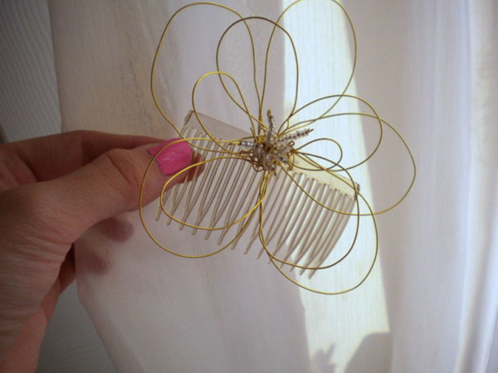 DIY Fashion Wire Flower Hair Piece