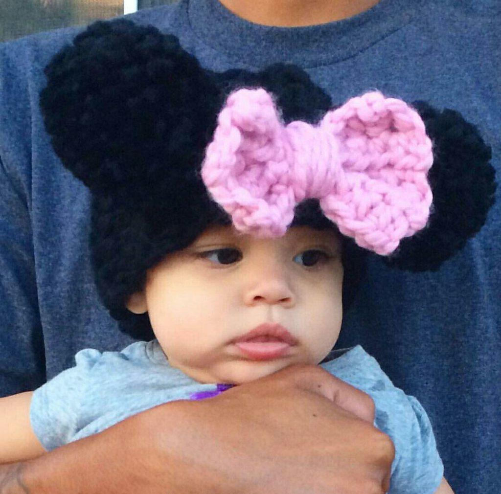 30.-Crochet-Minnie-Mouse-Ears-Headband