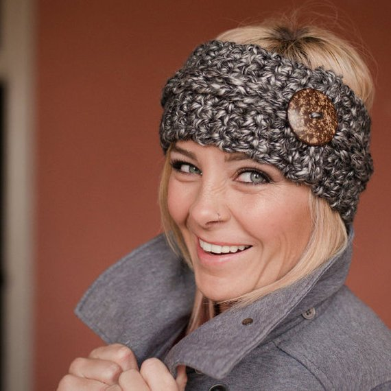 32.-Large-Chunky-Headband-Crochet-Pattern-with-Button