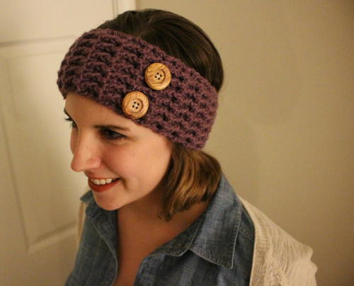37.-Extra-Wide-Free-Crochet-Headband-Pattern-with-Button-Closure