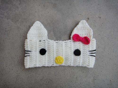 39.-Hello-Kitty-Crochet-Headband-Pattern