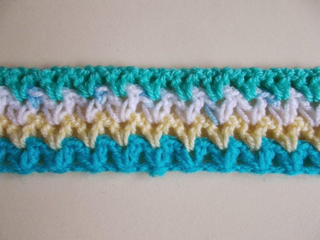 51.-The-pattern-of-V-Stitch-Crochet-Headband