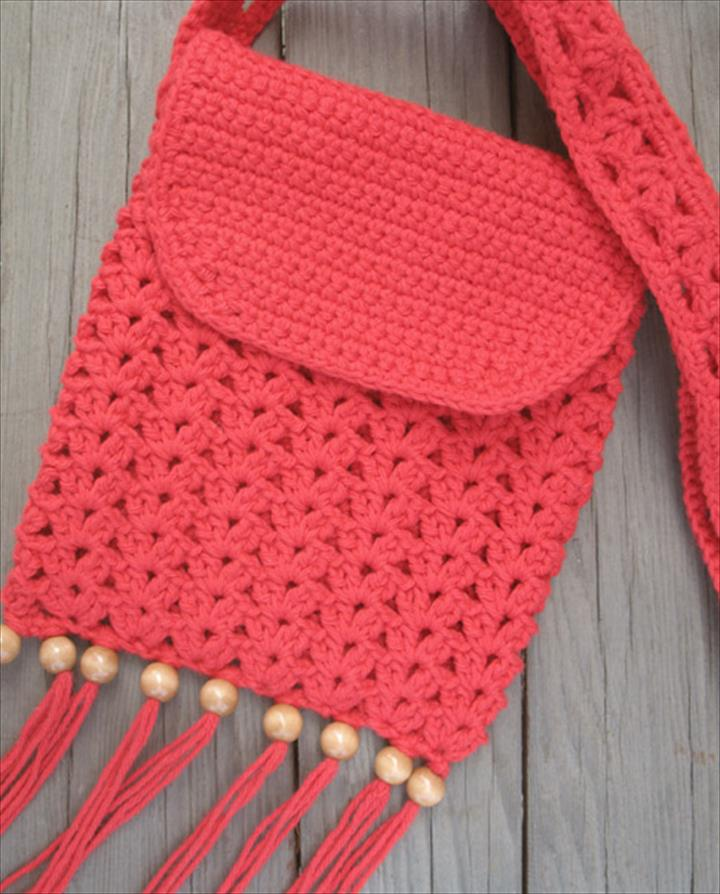 Crochet purse with fringe