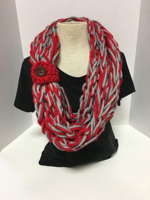 finger knitting scarf