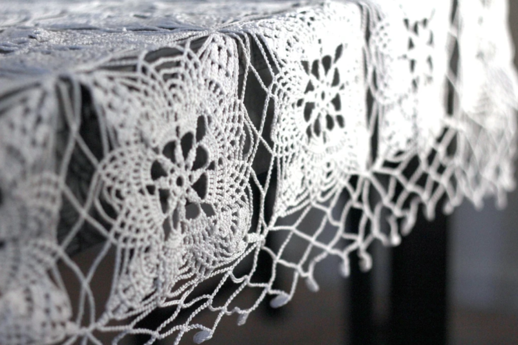 white square lace crochet tablecloth pattern
