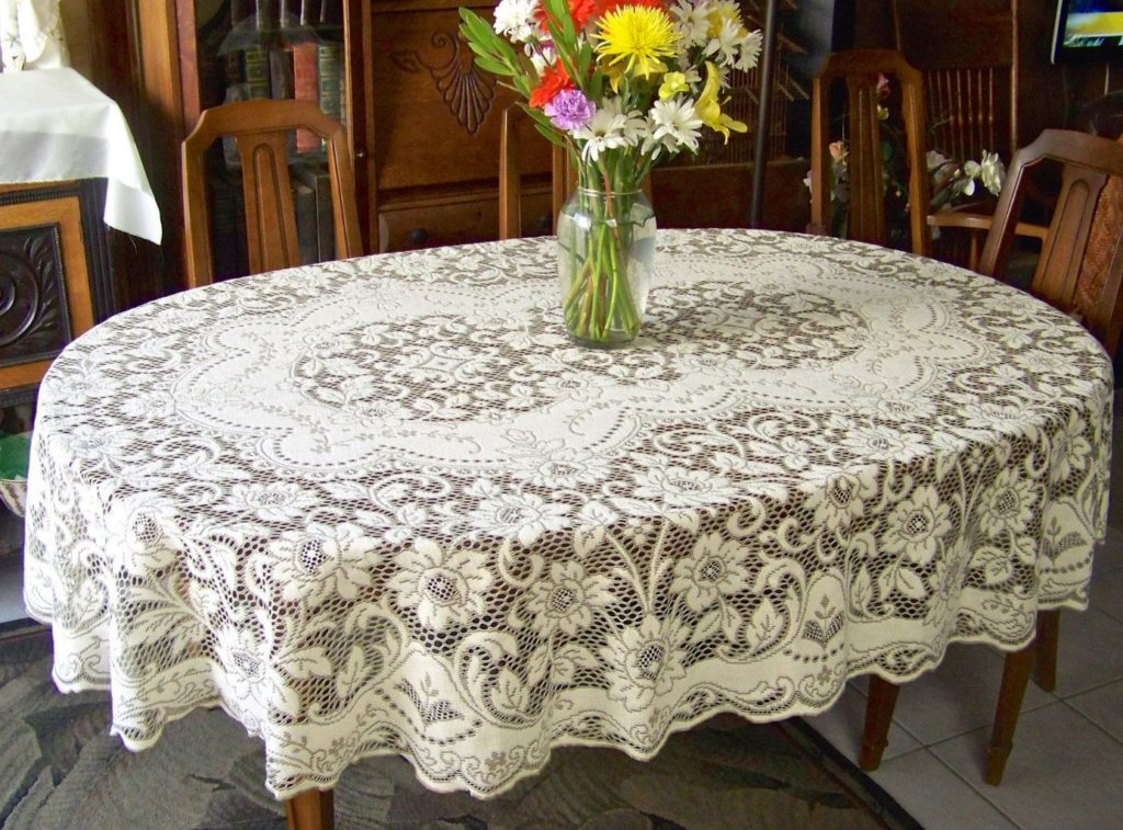 beige oblong lace crochet tablecloth pattern
