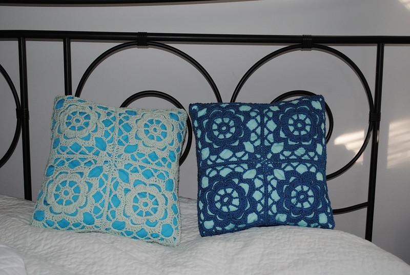 blue crochet pillow cover design