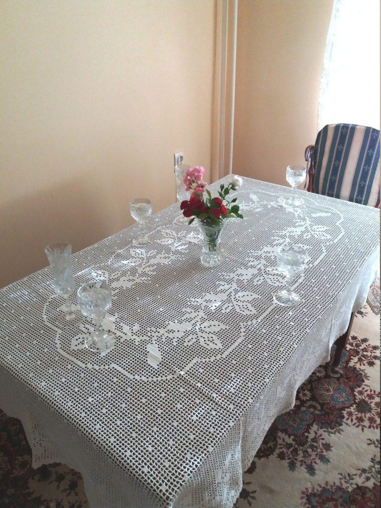 New Unique Crochet Tablecloth White Lace, 200 cm x 125 cm