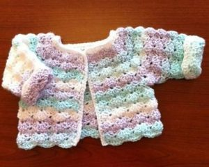 Baby Sweater to Crochet in One Hour