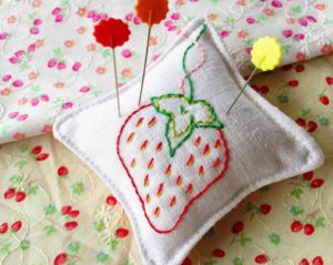 Easy Embroidered Pillow Project