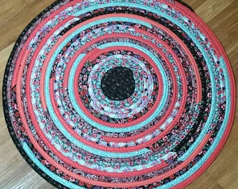 Free Pattern to Make a Round Jelly Roll Quilt