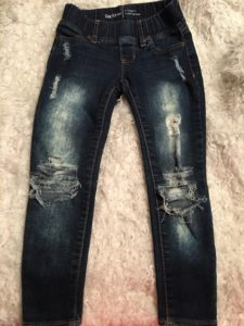 Making a Stylish Ripped Jeans at Home