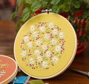 Modern Flower Embroidery Pattern
