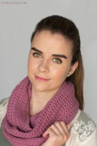 Star Stitch Infinity Scarf Free Crochet Pattern by Hopeful Honey