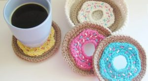 Crochet Doughnut Coasters Free Pattern (with holder)