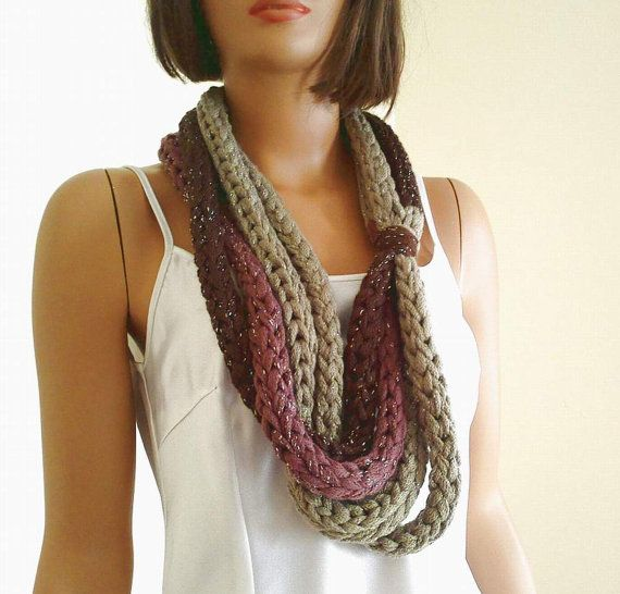 Neck Warm With Finger Knitting