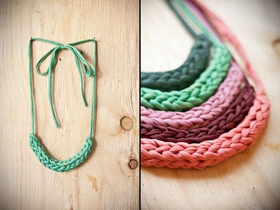 Braid a Finger-Knitted Necklace