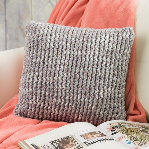 Create a Loom-Knit Pillow for Your Home