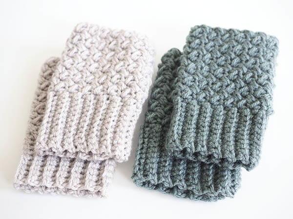 Elizabeth Stitch Fingerless Gloves by Dabbles & Babbles