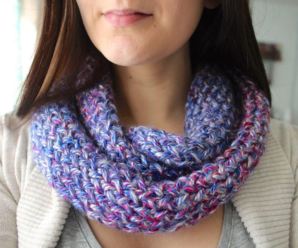 Use Loom Knitting to Make an Infinity Scarf