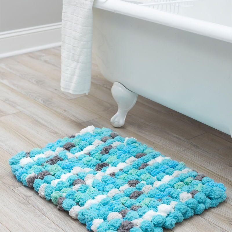 Weave a Finger-Knit Bath Mat