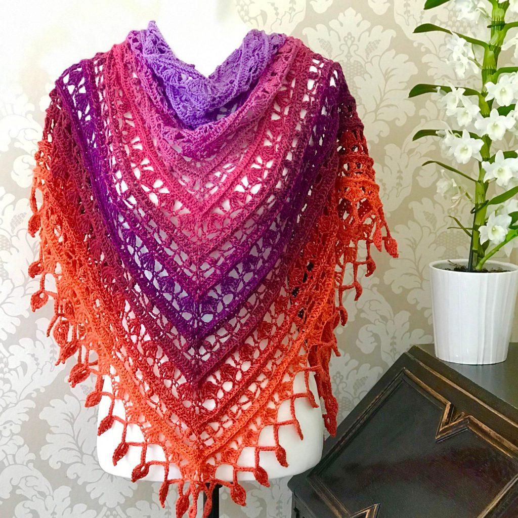 Teardrop Lace Triangle Shawl Pattern