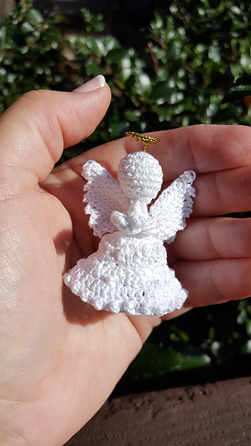Peace on Earth Angel Crochet Pattern