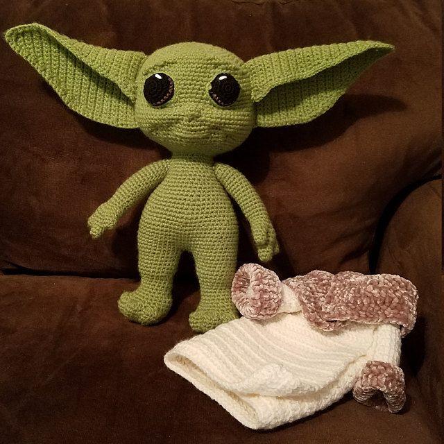 Free Baby Yoda Crochet Pattern