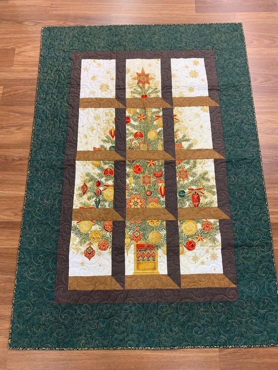 Christmas Windows Quilt Pattern
